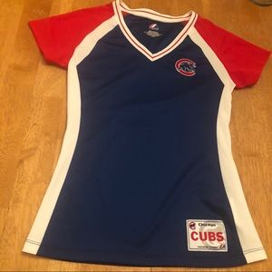 Majestic Cubs ladies top very good cond size M
